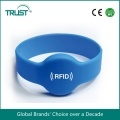 waterproof TK4100 125khz silicone rfid chip wristband